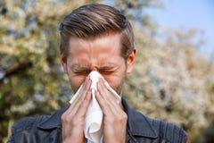 Allergi vår, man Fotografering för Bildbyråer