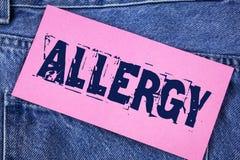 Allergia del testo della scrittura I danni di significato di concetto nell'immunità dovuto ipersensibilità la ottengono diagnised Immagine Stock