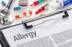 Allergia di diagnosi scritta su una lavagna per appunti Fotografia Stock Libera da Diritti