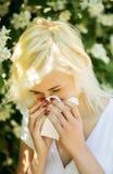 Allergia in parco Fotografia Stock