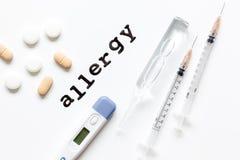 Allergie alimentari di concetto su fondo bianco Immagini Stock