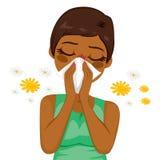 Allergie de souffrance de femme d'afro-américain Photo libre de droits