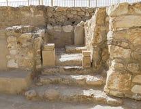 Allerheiligste-Arche in der alten israelitischen Festung an Telefon Arad in Israel stockfotografie