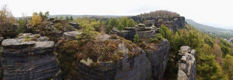 Allerta dalle rocce steny di Tiske nel piskovce di Labske Fotografia Stock