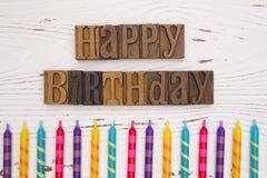 Alles Gute zum Geburtstag buchstabiert in der Art Satz Stockfotografie