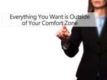Alles u wilt is buiten Uw Comfortstreek - Businesswo Royalty-vrije Stock Afbeelding