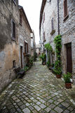 Alley. Caratteristico vicolo a Lugnano in Teverina Royalty Free Stock Photos