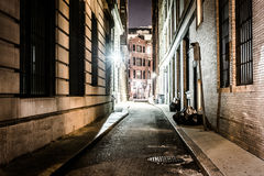 An alley at night, in Boston, Massachusetts. Royalty Free Stock Photos