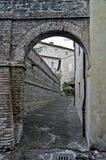 Alleyway. Bevagna. L'Umbria. Immagini Stock