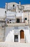 Alleyway. Cisternino. La Puglia. L'Italia. Fotografia Stock