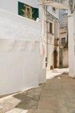 alleyway Cisternino La Puglia L'Italia Immagine Stock