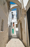 alleyway Cisternino La Puglia L'Italia Fotografie Stock