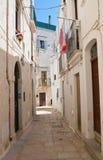 alleyway Cisternino La Puglia L'Italia Fotografia Stock Libera da Diritti