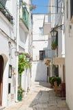 alleyway Cisternino La Puglia L'Italia Fotografia Stock