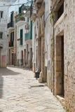 alleyway Conversano La Puglia L'Italia Immagini Stock Libere da Diritti