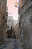 Alleyway di Giovinazzo Oldtown. Apulia. Fotografia Stock Libera da Diritti