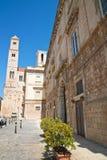 alleyway Giovinazzo La Puglia L'Italia Immagini Stock Libere da Diritti