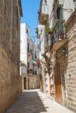 alleyway Giovinazzo La Puglia L'Italia Immagine Stock