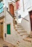 alleyway Locorotondo La Puglia L'Italia Immagine Stock