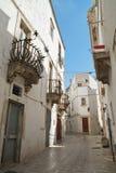 alleyway Martina Franca La Puglia L'Italia Immagini Stock