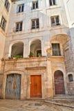 alleyway Molfetta La Puglia L'Italia Immagini Stock