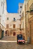 alleyway Molfetta La Puglia L'Italia Fotografie Stock Libere da Diritti