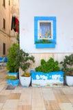 alleyway Monopoli Puglia Italië royalty-vrije stock afbeeldingen