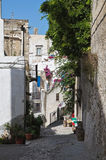 Alleyway. Peschici. La Puglia. L'Italia. Fotografie Stock