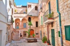 alleyway Polignano una giumenta La Puglia L'Italia Fotografie Stock