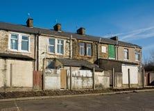 Alleyway posteriore in un Nord della città del laminatoio dell'Inghilterra Fotografia Stock Libera da Diritti