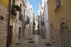 alleyway Rutigliano Puglia Italië stock foto