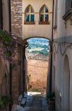 alleyway spello Umbria zdjęcia stock