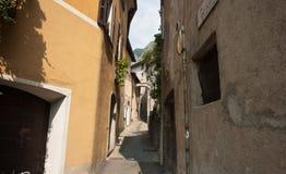 Alleyway stretto. Immagini Stock Libere da Diritti