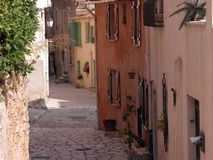 Alleyway, Tourettes-sur-Loup, France Royalty Free Stock Photography
