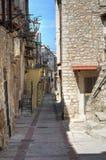 Alleyway. Vico del Gargano. La Puglia. L'Italia. Fotografia Stock Libera da Diritti