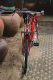 allez à vélo le rouge Photo libre de droits