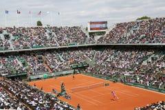 Allez au devant de Philippe Chatrier chez Le Stade Roland Garros pendant le match de Roland Garros 2015 Images libres de droits