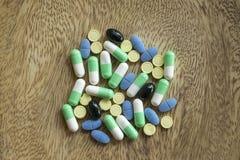 Allgemeine Hausmittel sind für die Behandlung der zugrunde liegenden Krankheit wesentlich stockfotos