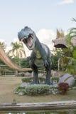 Allgemeine Parks von Statuen und von Dinosaurier in KHONKEAN, THAILAND stockbild