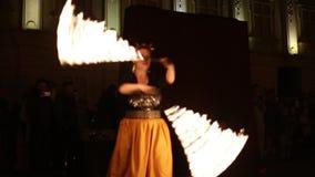 Allgemeines fireshow organisierte in Timisoara, Rumänien stock video footage