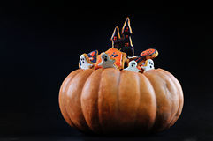 Allhelgonaafton Gingerbreads&Pumpkin Arkivfoto