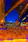 Allhelgonaaftonbelysning på den Kyoto stationen Royaltyfri Fotografi