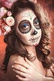 Allhelgonaaftonmakeupkvinna av Santa Muerte Fotografering för Bildbyråer