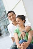Allievi adolescenti attraenti all'istituto universitario Fotografie Stock