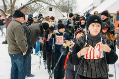Allievi bielorussi irriconoscibili della scuola secondaria che preparano per Fotografie Stock