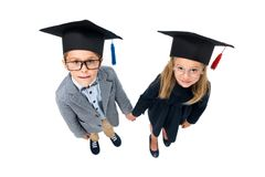 Allievi in cappelli di graduazione Fotografia Stock Libera da Diritti