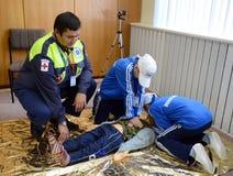 Allievi di addestramento nel pronto soccorso Fotografia Stock