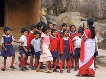 Allievi ed insegnante indiani Immagine Stock