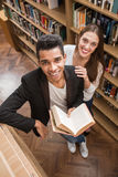Allievi in libreria Immagini Stock Libere da Diritti