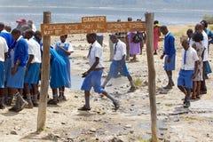 Allievi locali nel lago Baringo, Kenia Fotografie Stock Libere da Diritti